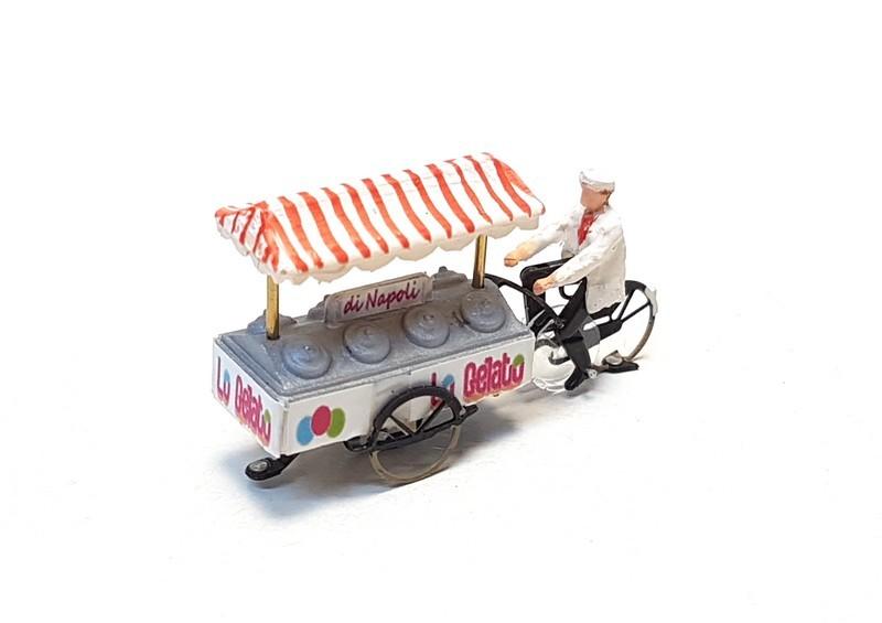 KKg-1 Eiscreme-Verkäufer fertig montiert